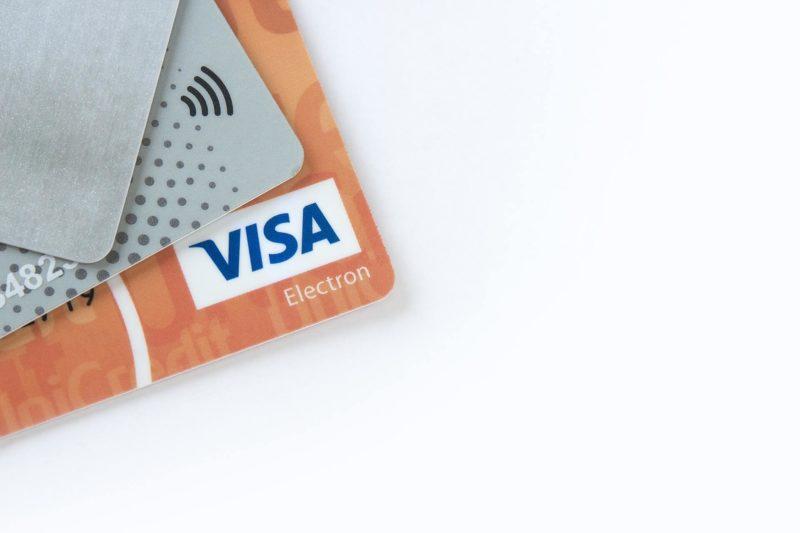 まずは、会社を軌道にのせる:キャッシュカードのイメージ画像