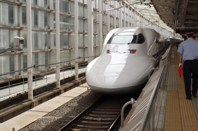 新幹線のぞみの画像
