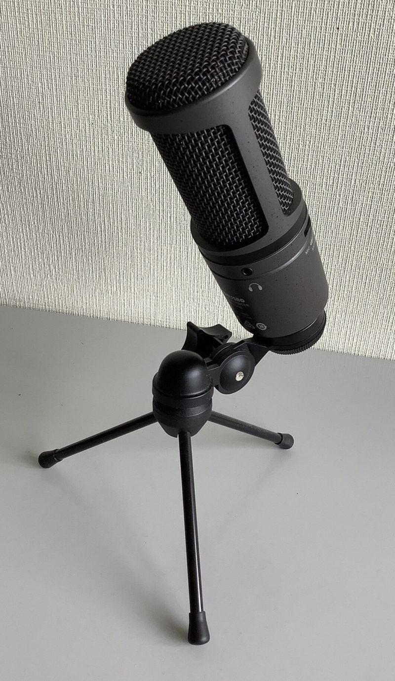 audio-technica AT2020USB+のマイクスタンド付背面写真